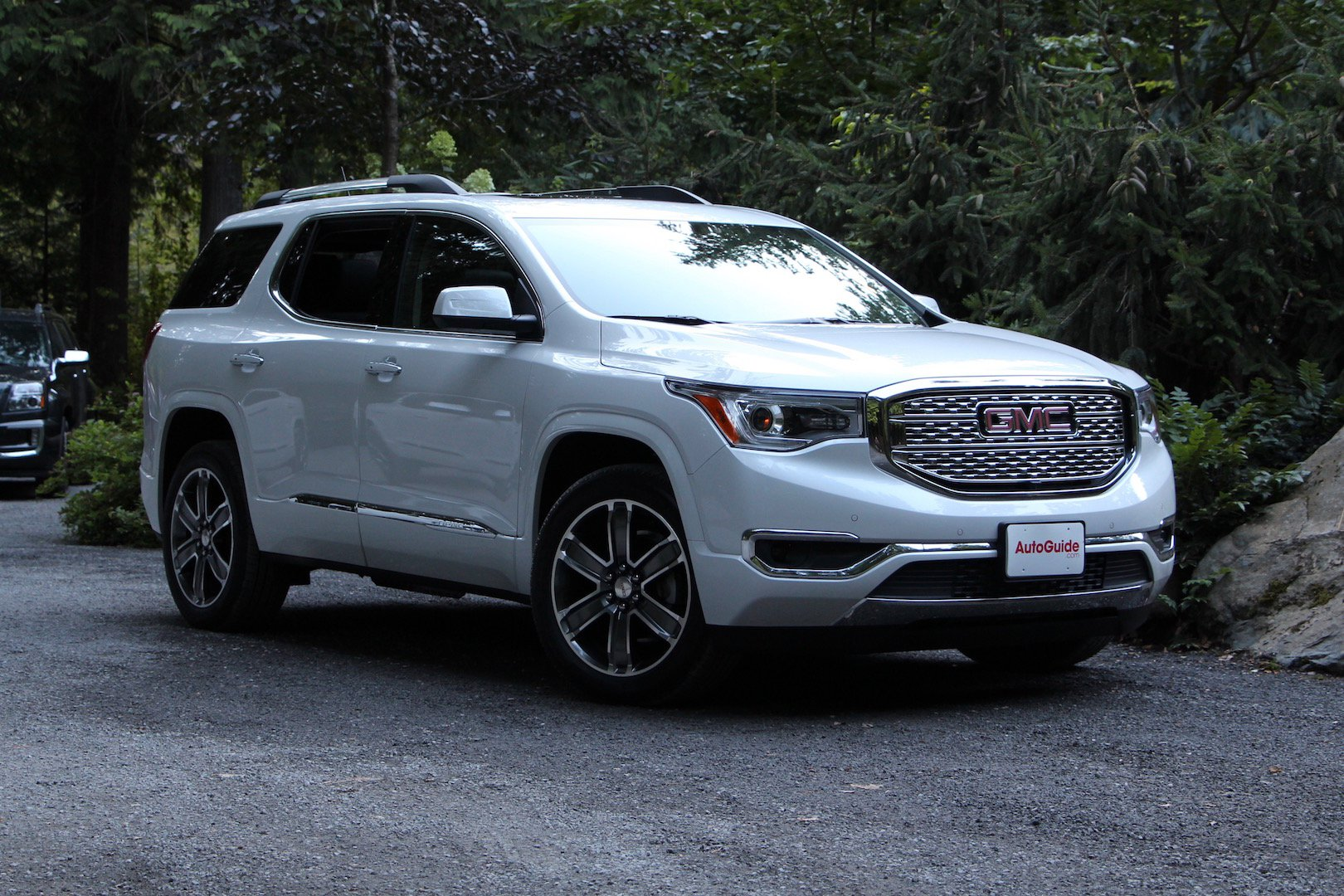 hight resolution of 2017 gmc acadia 01 the 2017 gmc acadia is a crossover after your