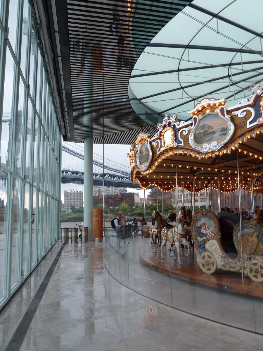 proj-janes-carousel-004