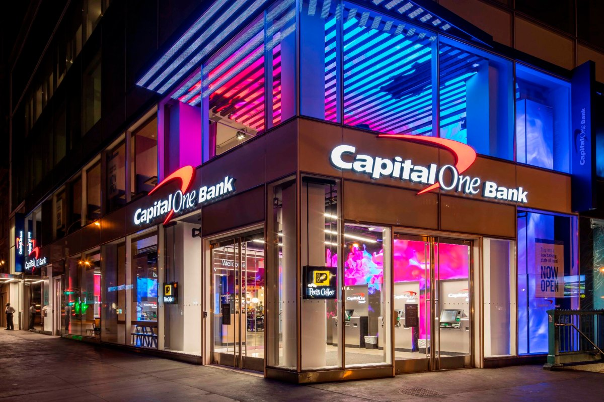 Capital One – Union Square 1-000