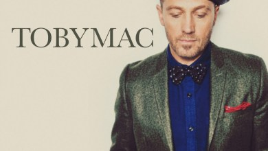 "Photo of GRAMMY® Winner TobyMac Invites Listeners To ""Bring On The Holidays"" in Latest Christmas Single"