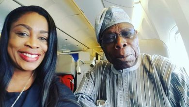 Sinach Selfie with Obasanjo