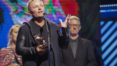 Photo of Chris Tomlin Wins 23rd GMA Dove Award for Worship Album of the Year
