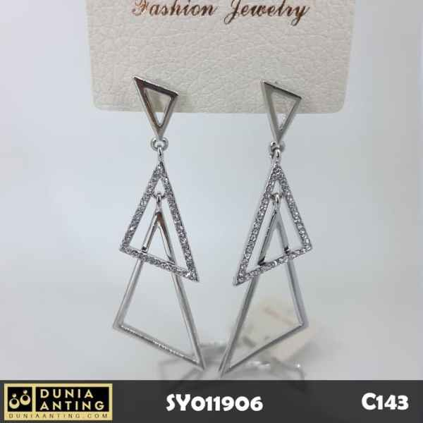 C143 Perhiasan Anting Triple Triangle Earings Swarovski Silver 6,5 cm