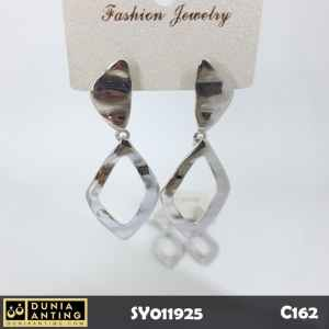 C162 Anting Tusuk Silver Platinum Model Wajik Square Earrings 6cm