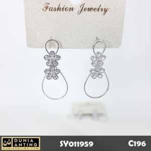 C196 Perhiasan Anting Bunga Double Oval Flower Silver Platinum 3,5cm