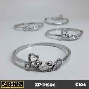 C106 Gelang Silver Motif Love Cinta Platinum Mata Kristal Imitasi