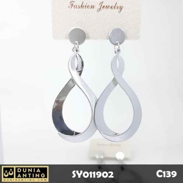C139 Perhiasan Anting Earings Model S Lengkung 8 Silver 6,5 cm