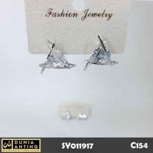 C154 Anting Giwang Segitiga Permata Swarovski Silver Platinum 1,5cm