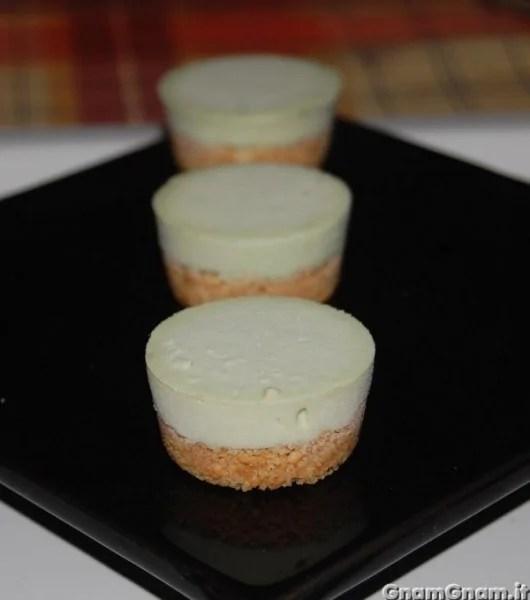 Cheesecake al pistacchio  Ricetta Cheesecake al pistacchio di GnamGnam