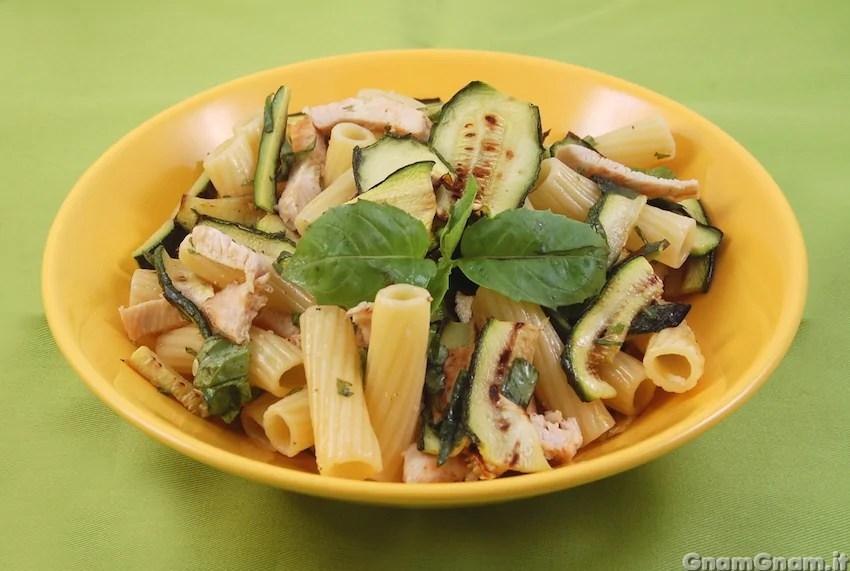 Insalata di pasta con pollo e zucchine  La ricetta di