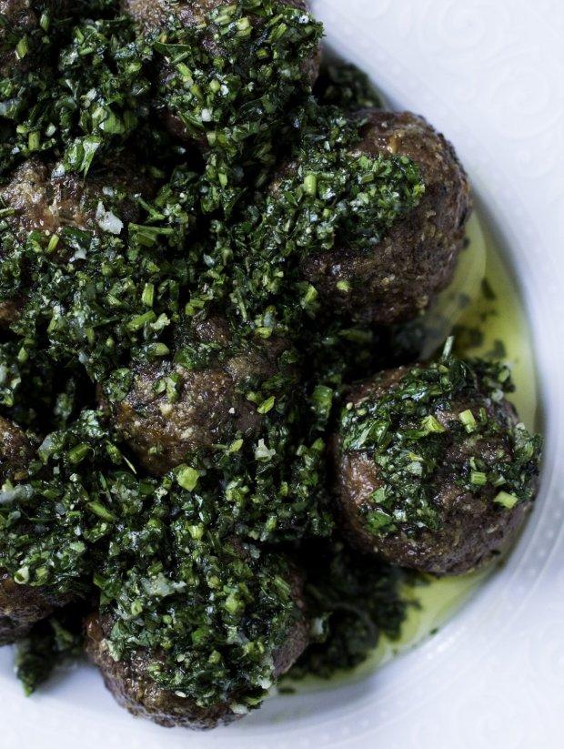 Ketogenic & Gluten Free Meatballs with Chimichurri Sauce by Gnom-Gnom