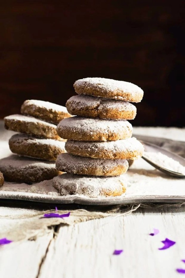 Gluten Free Keto Mexican Wedding Cakes Ie Russian Tea Or Polvorones