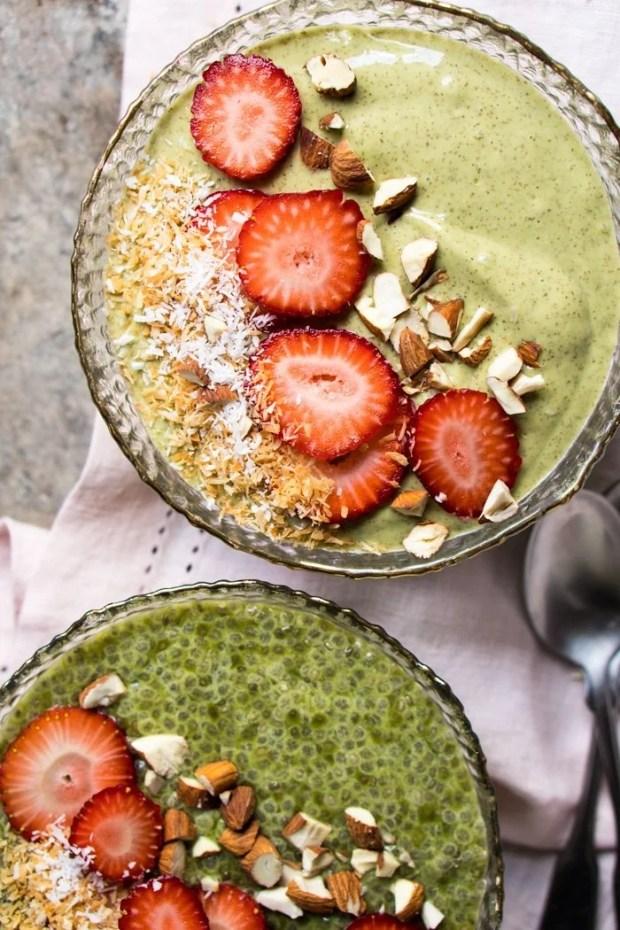 Overnight Gluten Free, Paleo & Keto Matcha Breakfast Bowl 🍵 #keto #ketodiet #lowcarb #paleo #glutenfree #ketobreakfast #matcha #healthyrecipes #chiaseeds
