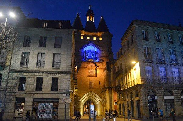 night in bordeaux
