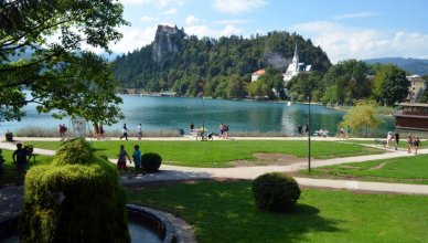 live in bled