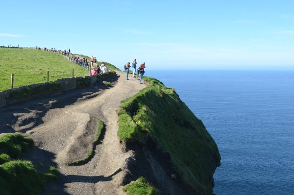 cliffs of moher road trip