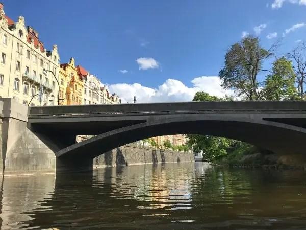 propose in prague river