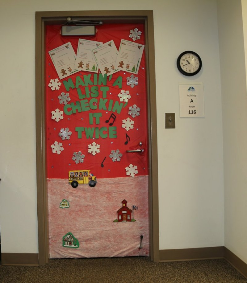 Christmas Door Decoration Competition Turns Gntc S Floyd County Campus Into Winter Wonderland