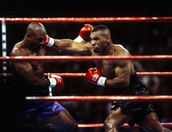 Mike Tyson vs Roy Jones Jr: Cand, unde, cote la pariuri