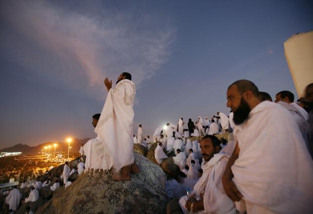 https://i0.wp.com/www.go-makkah.com/upload/images/news/go-makkah-hajj-oumra-h31koo-go-makkah-hajj-oumra-097hxq-hajj-2010jpgjpg.jpg