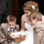 Suits you well: Perfecte bruidsmeisjesjurken en bruidsjonkerkleding