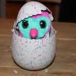 { Review } | Hatchimal: van eitje tot pinguïnkind