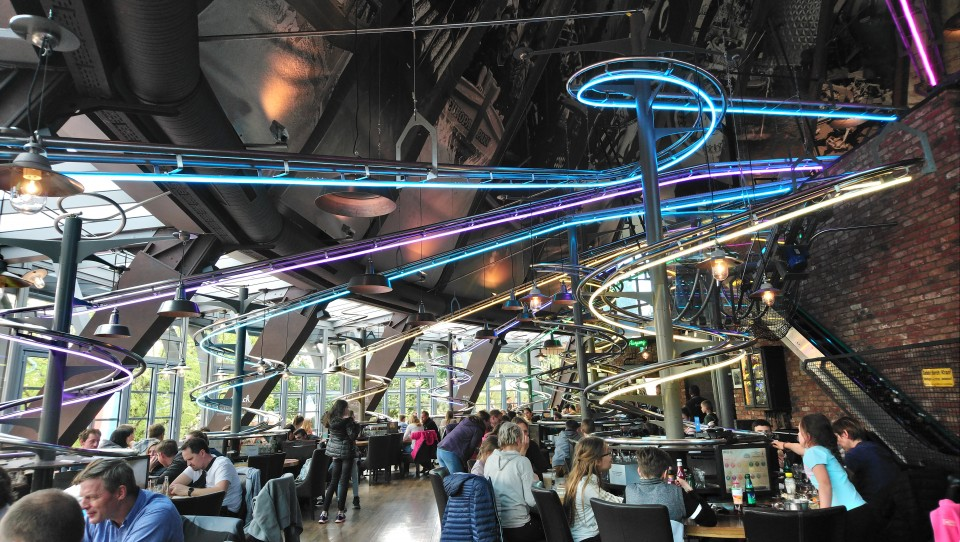 europa-park achtbaan restaurant food loop