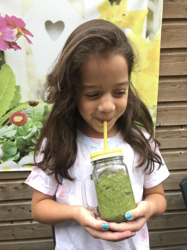 4x kindvriendelijke smoothie maken met lekker veel fruit
