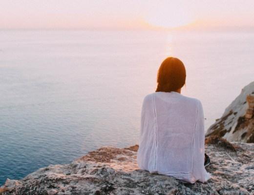 Vergeet niet dat het belangrijk is om rust te vinden in je drukke bestaan. Hoe je dat aanpakt? Dat ontdek je met onze rust tips.