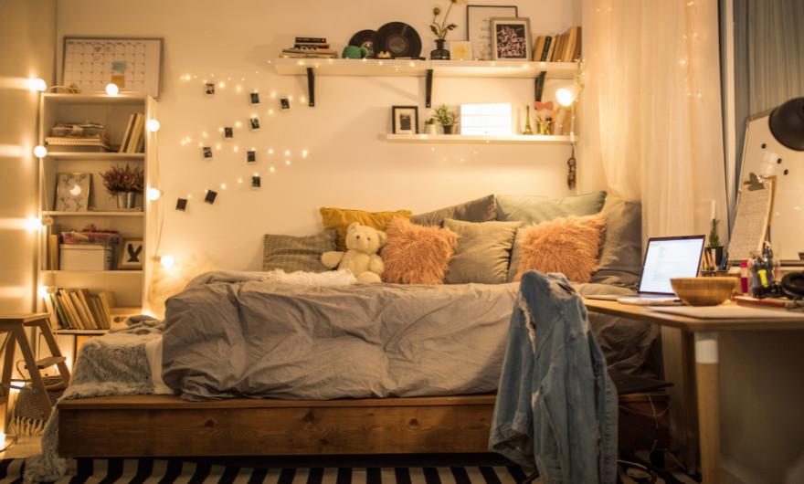 Mocht jij op zoek zijn naar de leukste tienerkamer / tienerslaapkamer inrichting, lees dan zeker verder, want je vind de beste tips hier!