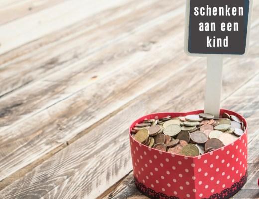 Als ouder kun je geld schenken aan je kind. Dit kun je doen door bijvoorbeeld een financieel steuntje in de rug te bieden aan je kind.
