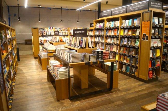 Ein Blick in den Amazon Book Store in Seattle