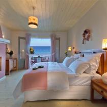 apart 4 dimitris master bedroom 3 (Small)