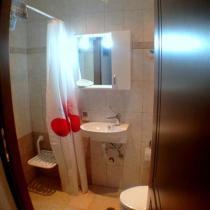 groundfloor bathroom (Small)