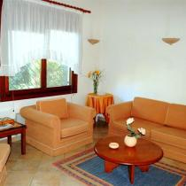 living room (1) (Small)