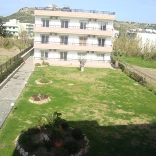 garden3 (Large)