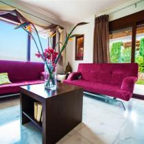 Pitho-Living-room (Custom)