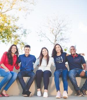 helping jewish students study abroad