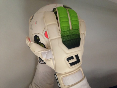 L1 Goalkeeper Gloves 1st Generation (Green Trim)