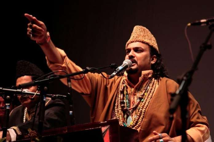 Pakistani Sufi singer Amjad Sabri (Image Maxdefault)
