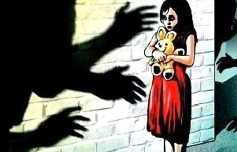 Two Half year old girl gang raped Vikhroli Park Site Mumbai