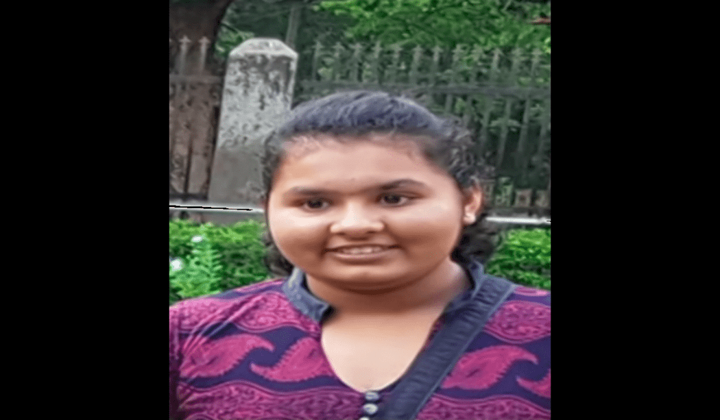 14-YEAR-OLD STUDENT CLASS 10 DIED SPOT BIKE TRAVELING
