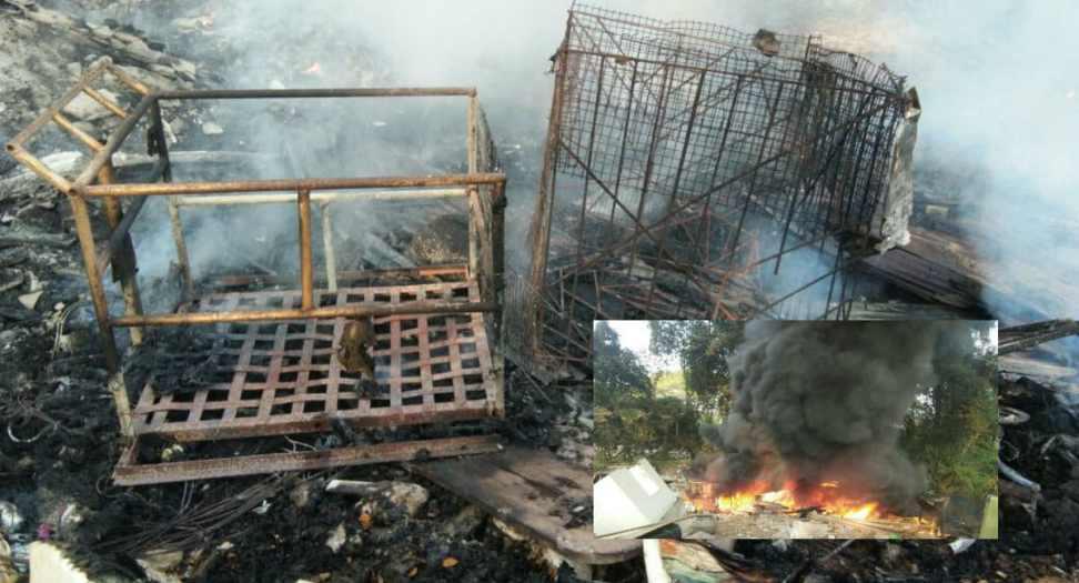 Fire Broke Scrapyard Camarabhat City's Famous Slum Area