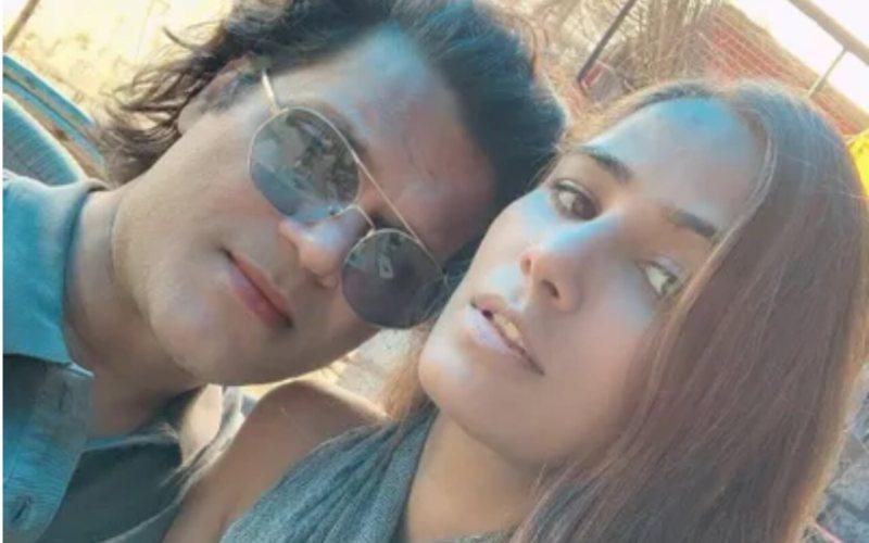 Poonam Pandey Celebrates Karwa Chauth with Hubby Sam Bombay