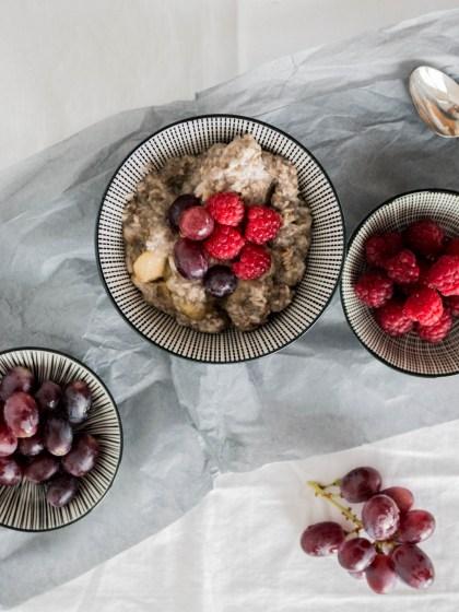 haferflocken-kokos-porridge-1-von-5