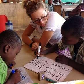 Volunteer teaching in Ghana