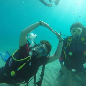 Volunteers SCUBA diving in Spain