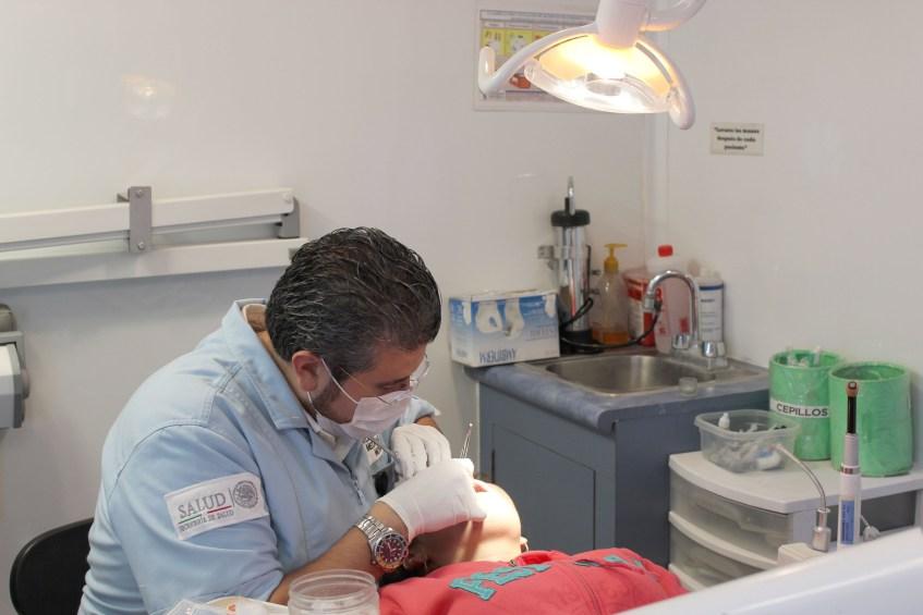 Atención odontológica.