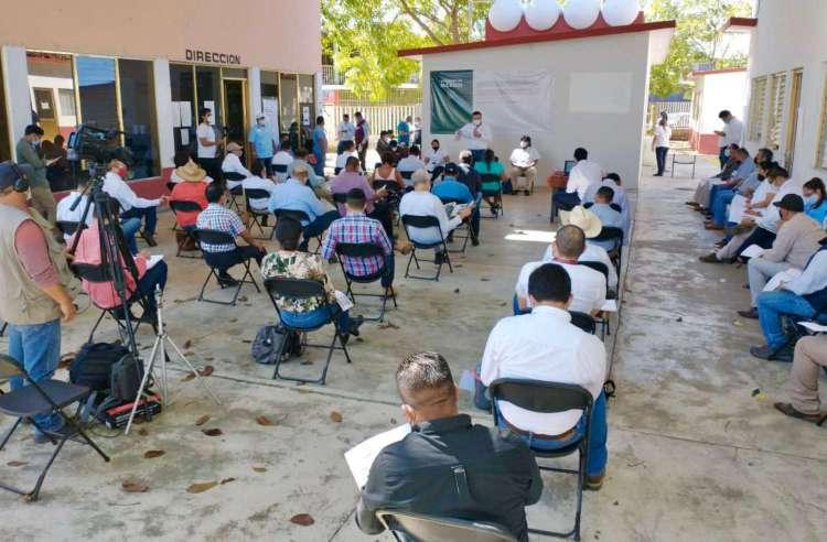 Gobierno de México realiza reunión de seguimiento de consulta indígena sobre Tren Maya en Tenosique.