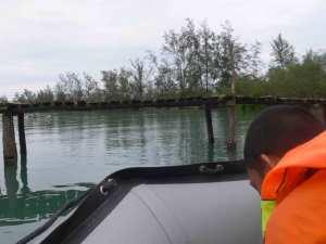 Baissez-la-tete-HKm-Seberang-Belitung-Indonésie